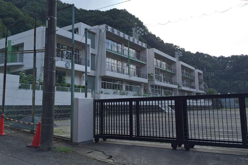 檜原中学校