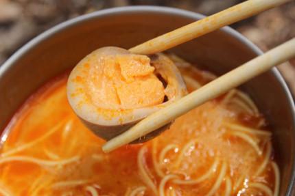 赤龍ラーメンと煮玉子